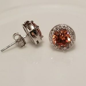 Jewelry - 🆕️Sterling Silver Halo Champagne Stud Earrings